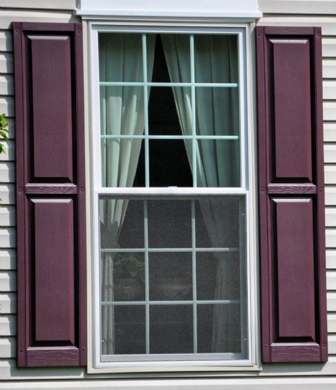 teralis jendela motif garis