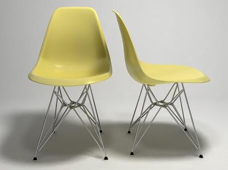 Eames Plastic Chair DSR