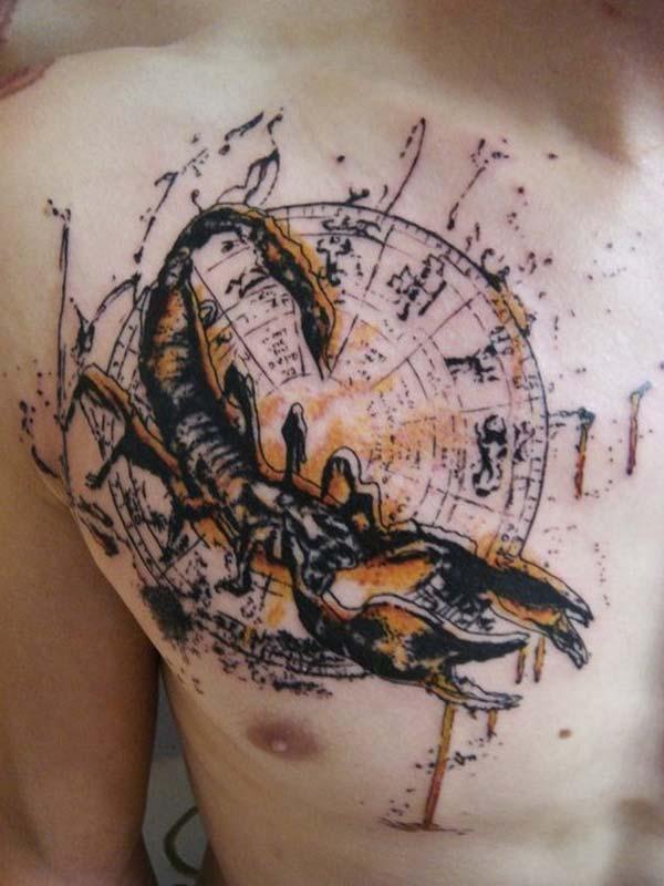 akrep burcu göğüs dövmesi