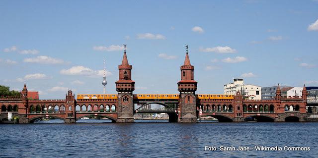 Oberbaumbrücke (Ponte Oberbaum), Berlim