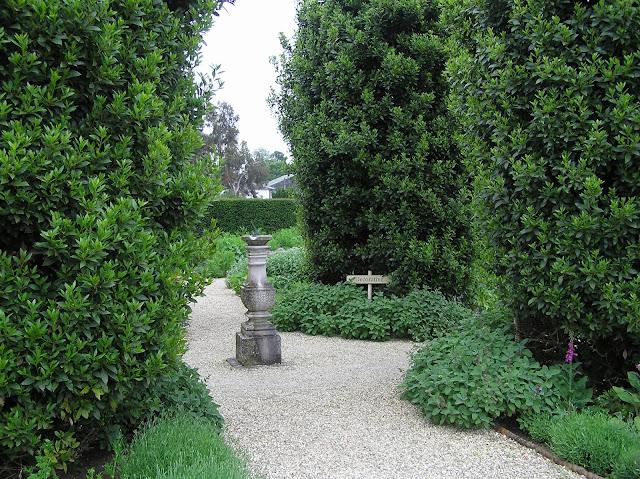 Ogród Ziołowy w Loseley Park
