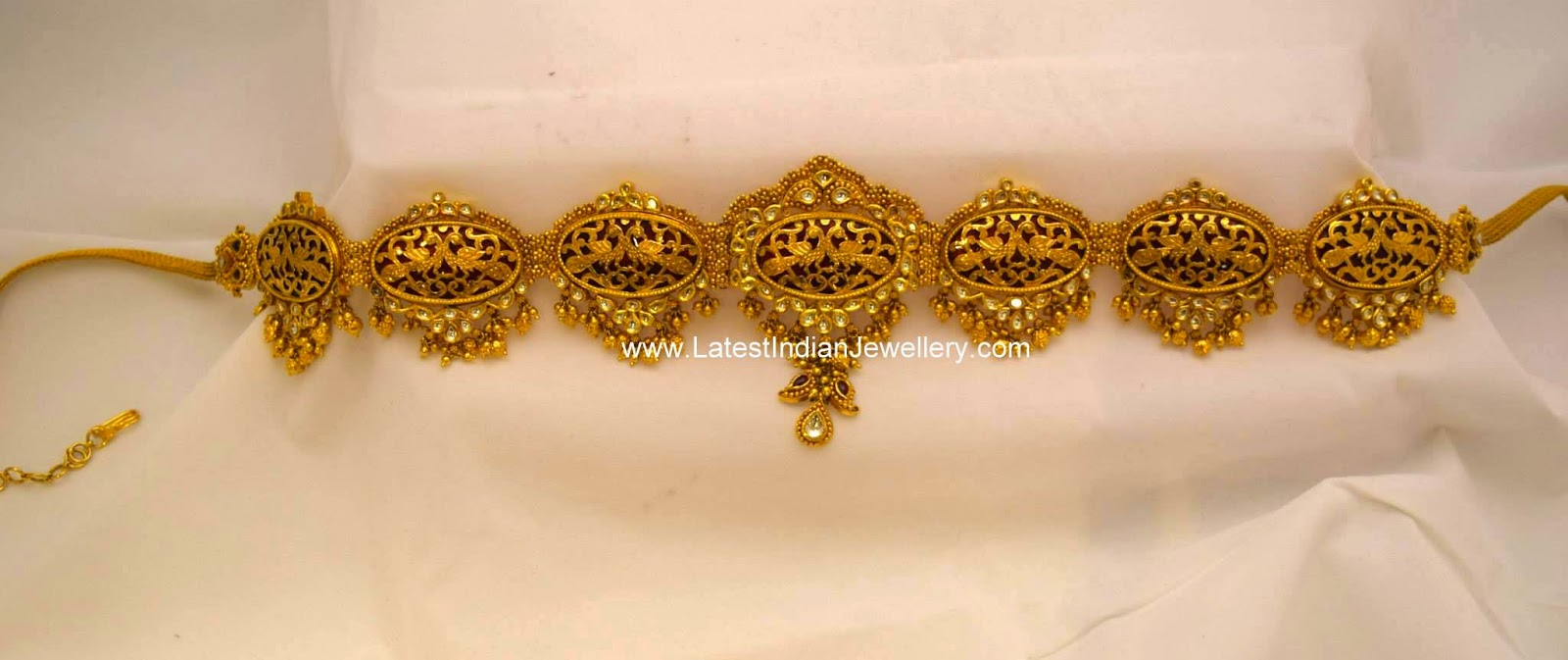 Antique Gold Kundan Vaddanam
