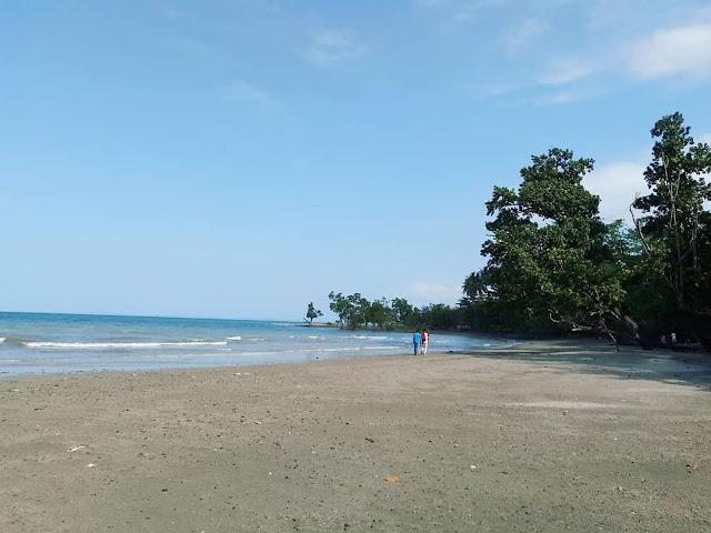 pantai gedambaan
