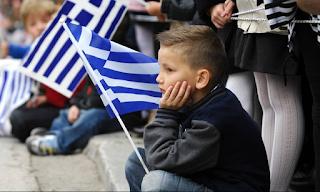 «Σβήνει» η Ελλάδα: Μειώνονται οι γεννήσεις – Γερνάει ο πληθυσμός