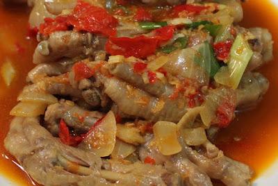 Dampak Positif dan Negatif Makan Ceker Ayam