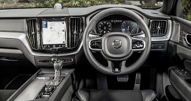 Volvo XC60 cockpit