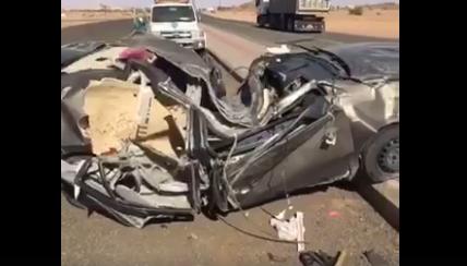 تحطمت سياراته بالكامل في حادث  ولم يبقى إلا صوت المسجل شاهد على ماذا كان يعمل !!