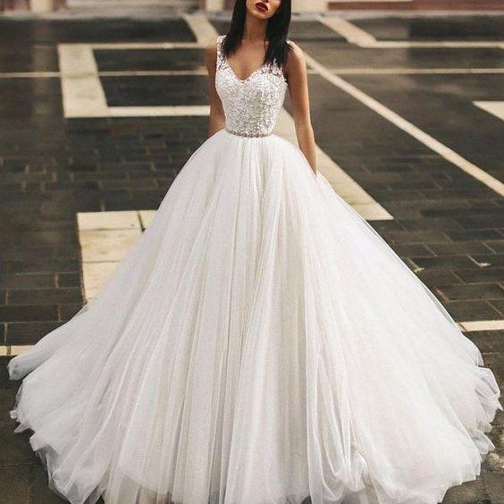Vestido de noiva saia princesa