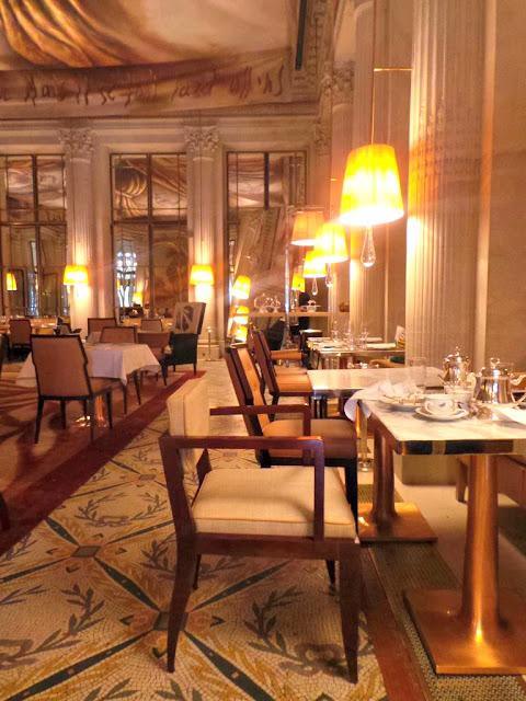 Tea time gouter patisserie Le Meurice Paris Luxe Cédric Grolet