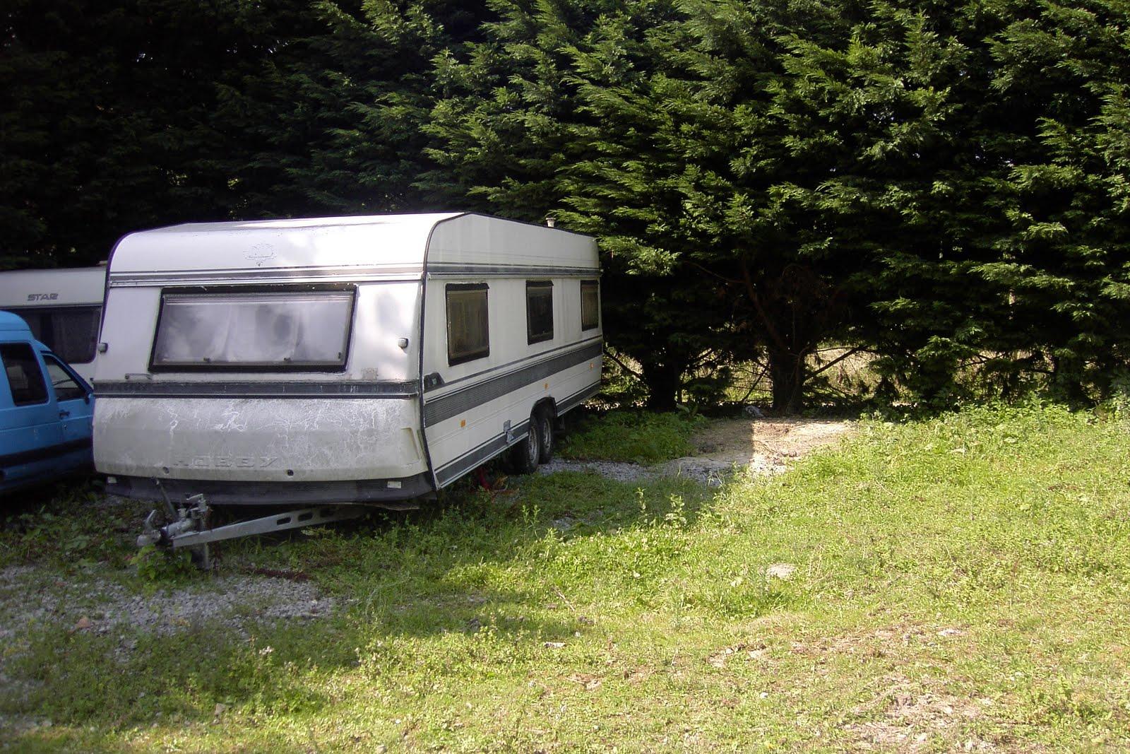 gardiennage de caravanes en pays basque pyr n es. Black Bedroom Furniture Sets. Home Design Ideas
