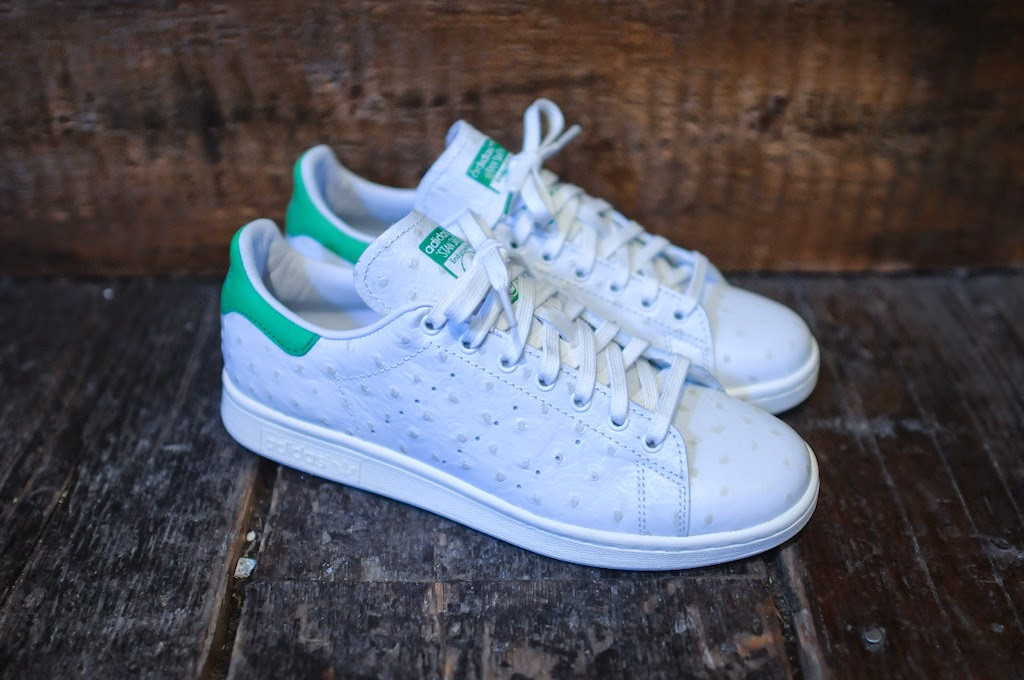 promo code c65d6 2bef1 Following the initial release of the Stan Smith, adidas Consortium rolls  out the Stan Alone pack. The pack features the Stan Smith in its original  colorway ...