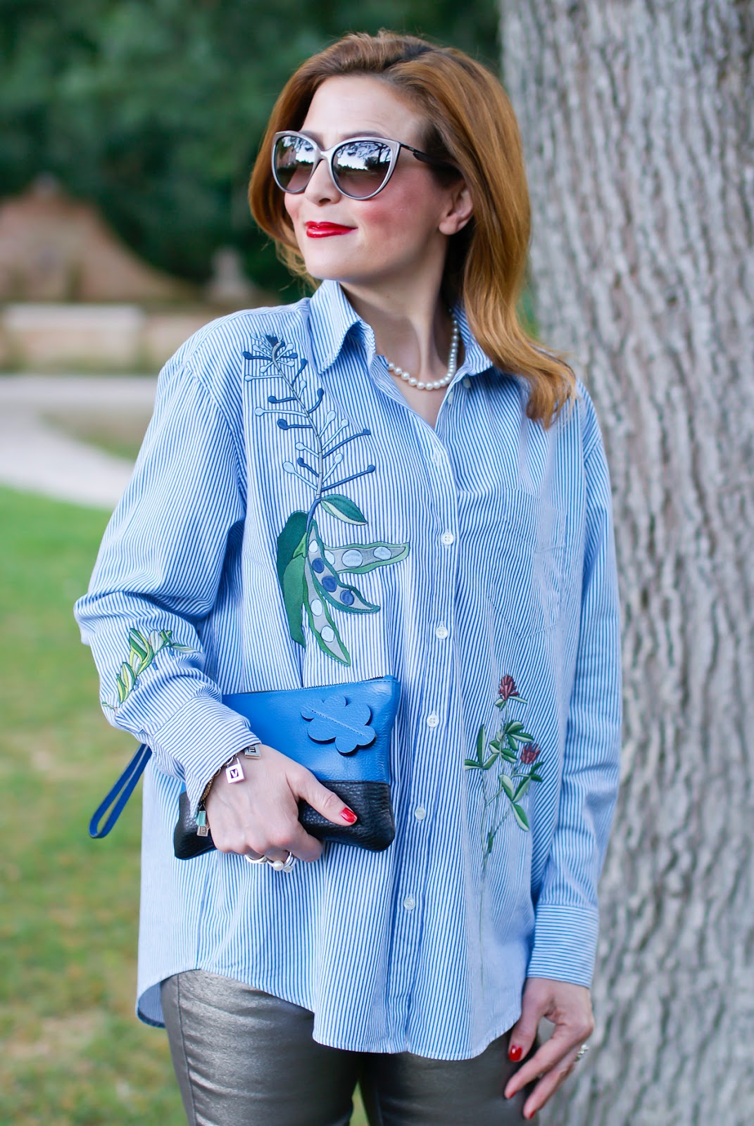 New life to classic button down shirt, featuring Gant Spring Summer 2017 collection on Fashion and Cookies fashion blog, fashion blogger style