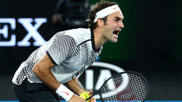 Roger Federer savors