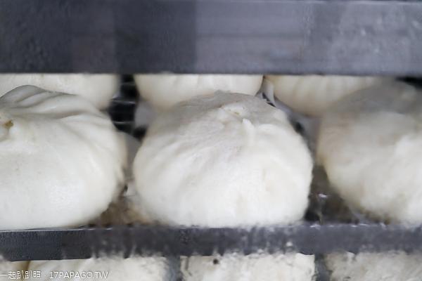 台中東區|麥香素饅頭|饅頭包子每顆10元買5送1|內用10元奶茶豆漿喝到飽