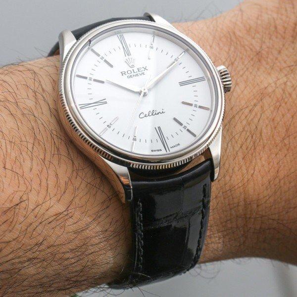 Chiếc đồng hồ Rolex đeo tay nam giá rẻ chính hãng
