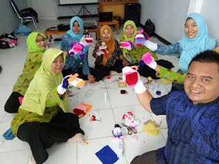 Sejumlah Guru TK di Karawang Belajar Metode Dongeng