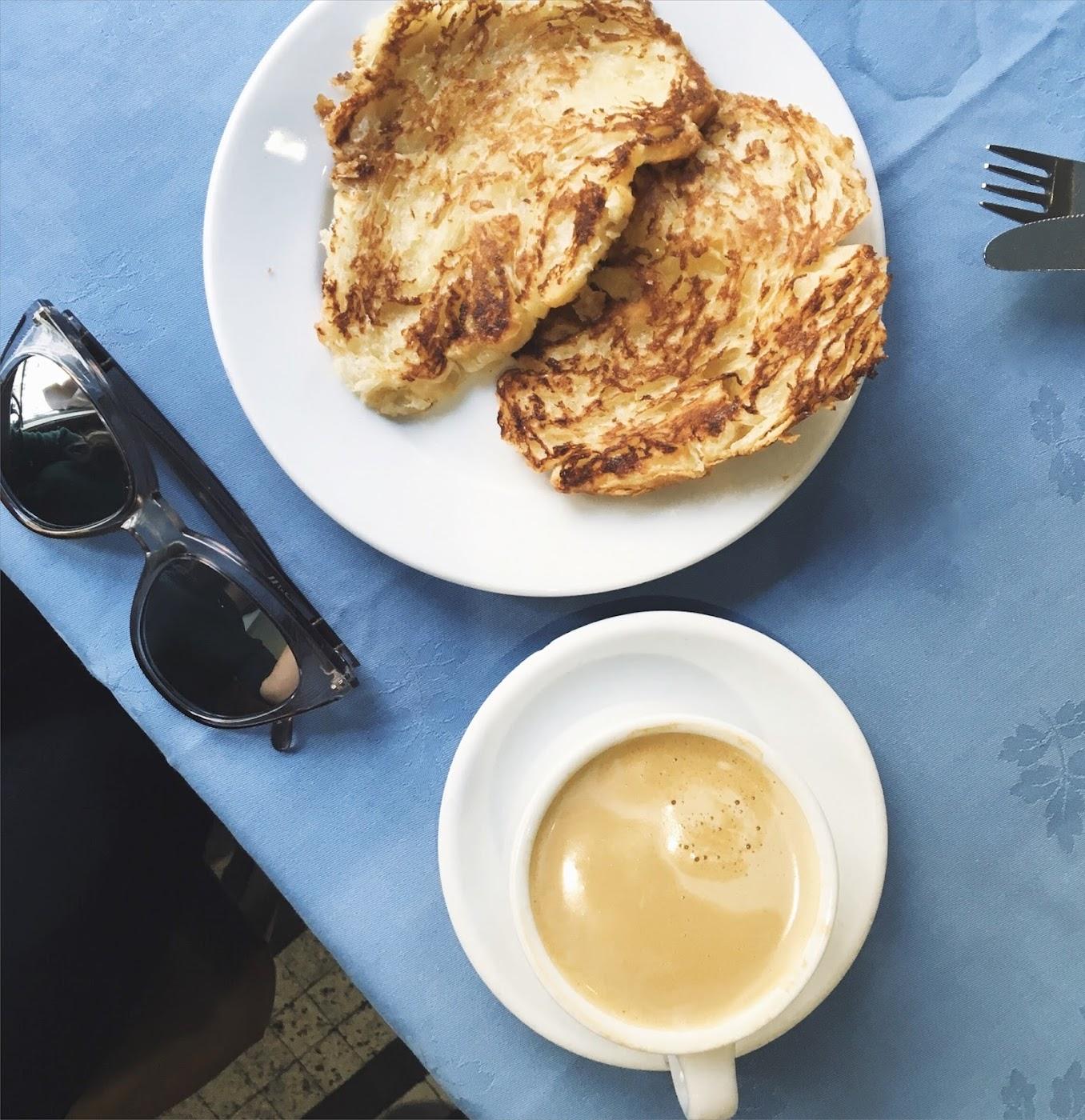 Breakfast at La Mallorquina, La Mallorquina, desayuno en La Mallorquina, Le Specs