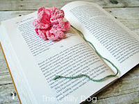 http://www.thechillydog.com/2016/04/crochet-pattern-flower-bookmark.html