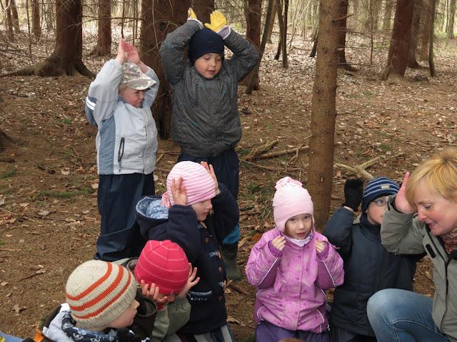 في ألمانيا: مدارس تتحول من الحجرات الدراسية إلى الغابات! (فيديو)