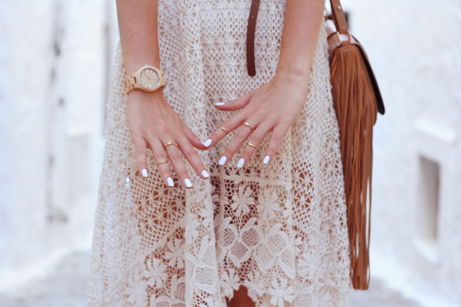 fashion style blogger outfit ootd italian girl italy trend vogue glamour pescara garage indy chic boho lace fringes bijou brigitte zara hm jord wood watches midi knuckle rings