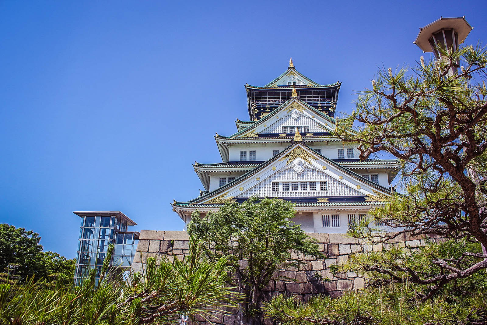 Osakajo temple japan
