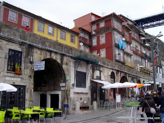 Alminhas da Ponte, Cais da Ribeira, Porto, Portugal