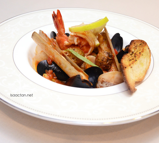 Seafood Red Rhapsody - RM38