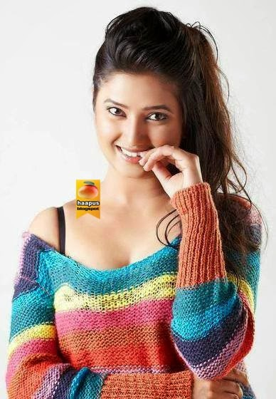 Prajakta Mali Hot Photoshoot  Cute Marathi Actresses -8760