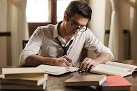 Alasan memiliki kekasih seorang penulis