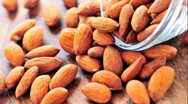 The Health Benefits of Almonds for Hair Care