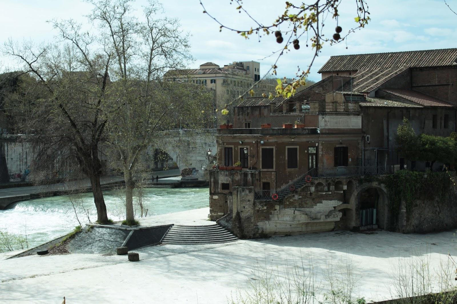 Tibor island rome