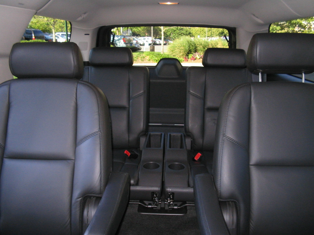 suv with 3 rows and captain chairs 2018 dodge reviews. Black Bedroom Furniture Sets. Home Design Ideas