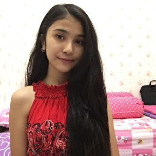 Foto Cantik Maureen Daryanani Tanpa Make Up