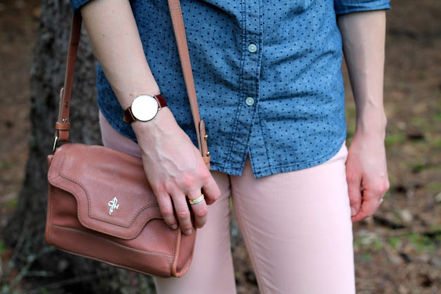polka dot chambray, blush jeans, birkenstock sandals, blush Cole Haan bag, Daniel Wellington watch