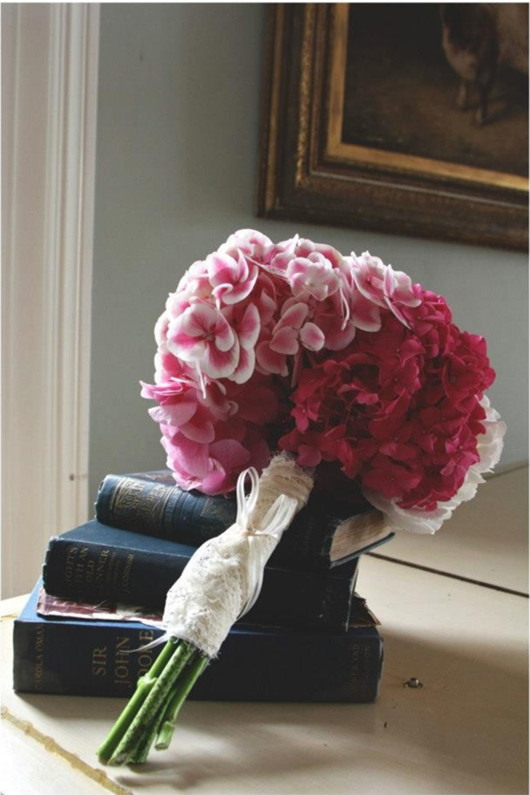 red and pink brides wedding flower ideas bouquet