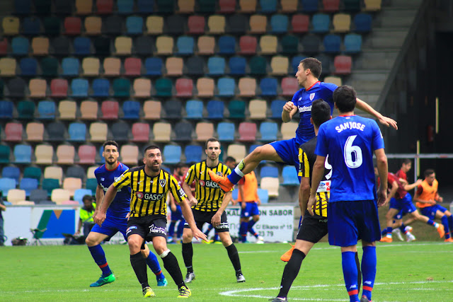 Barakaldo CF ante el Athletic