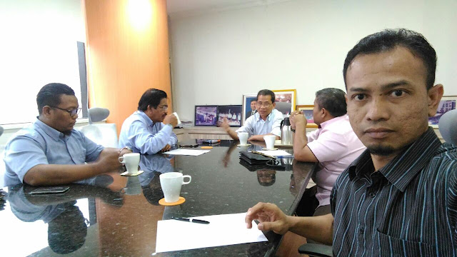 Yayasan Pembangunan Buku Negara, Hasan Hamzah, Khir Khalid,