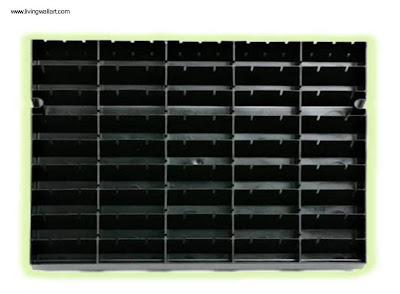 Panel con anaqueles para jardín vertical