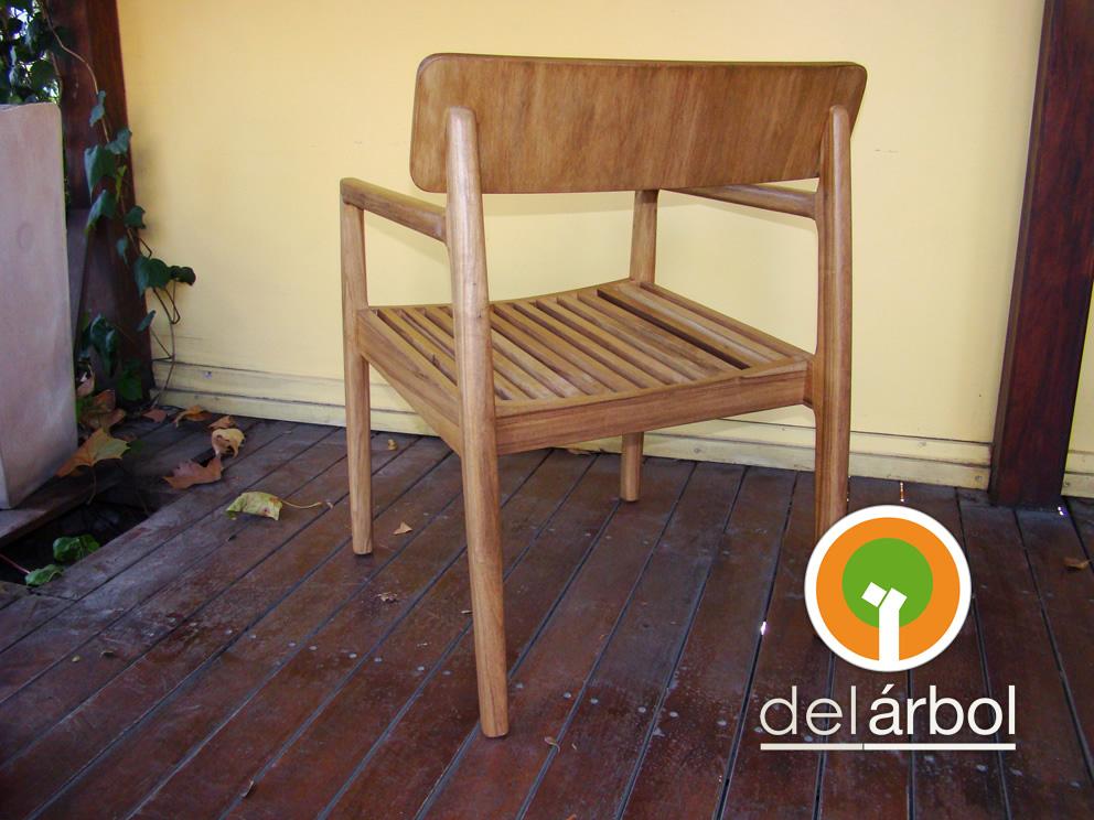 Del arbol f brica de muebles de madera silloncito olaff for Fabrica de muebles de madera