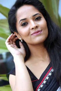 Anasuya Bharadwaj Profile, Biography, Wiki, Biodata, Height, Weight, Body Measurements, Affairs, Family Photos and more.