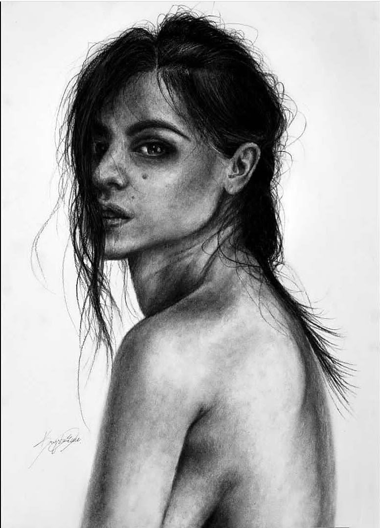07-Trust-Krystan-Grace-Humans-and-Dogs-Charcoal-Portrait-Drawings-www-designstack-co