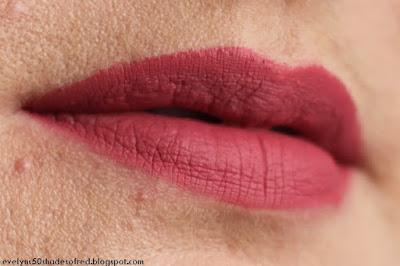Bourjois Rouge Velvet The Lipstick 03 Hyppink chic