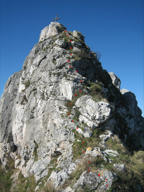 Rutas Montaña Asturias: Trepada final al Castiellu