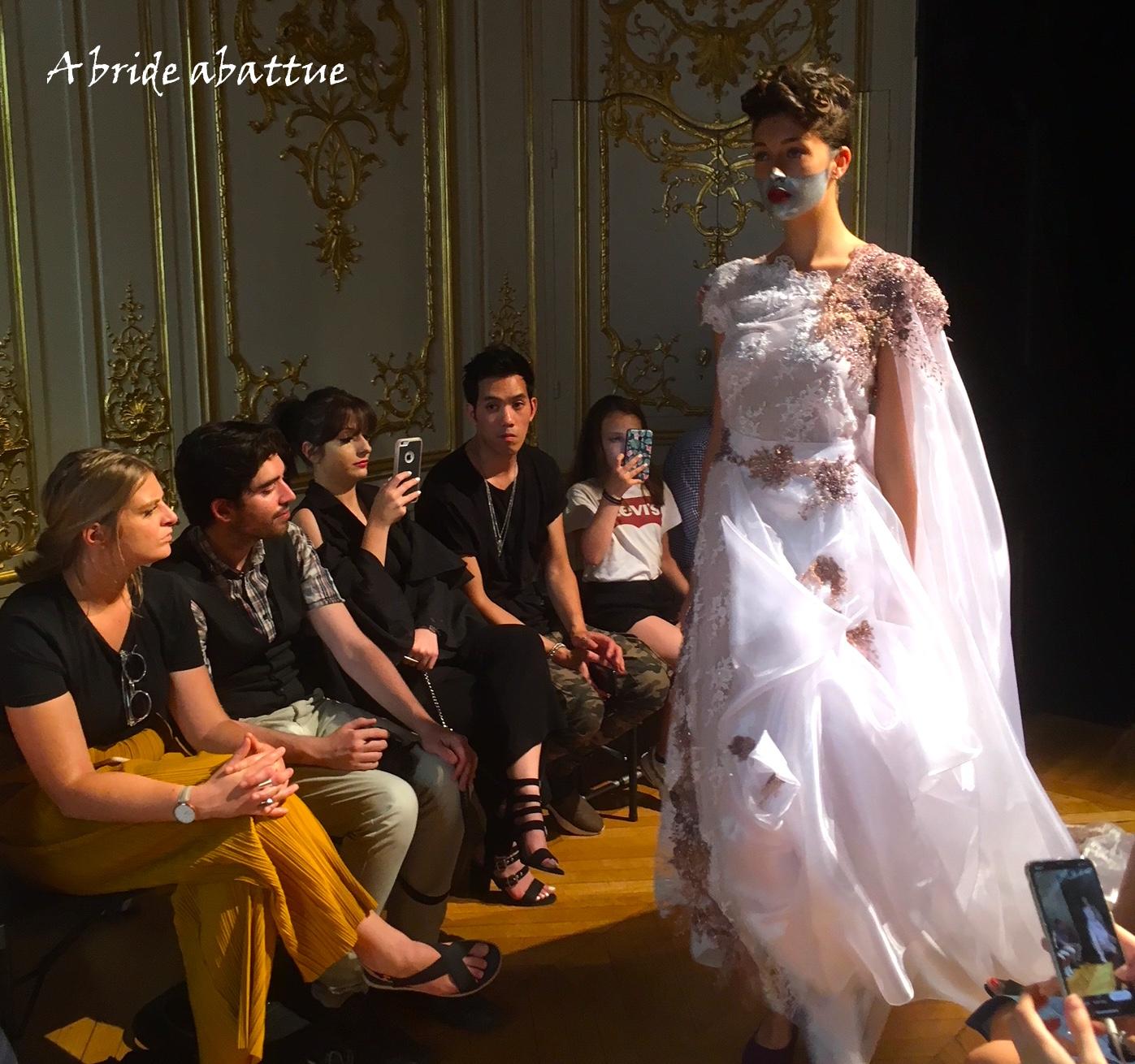 A bride abattue  Défilé haute-couture de Patuna Automne hiver 2018-2019 428bf2f9e23f