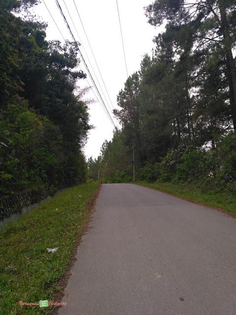 kondisi jalan ring road dalam samosir