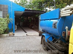 Sedot WC Lakarsantri Surabaya
