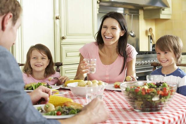 """Comer en familia"""