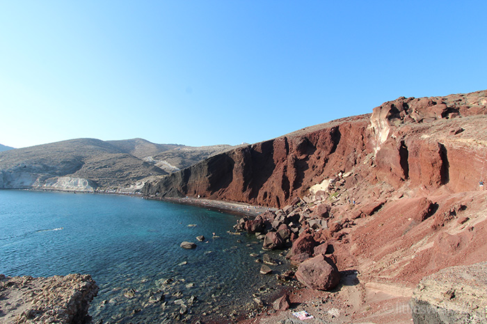 Red Beach, Santorini - littleswallow.me