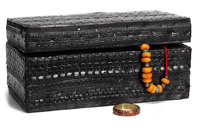 storage box from recycled tires