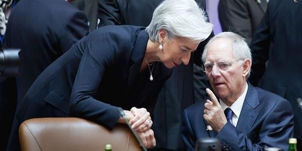 Αποκάλυψη Die Welt: Έτοιμος να υποχωρήσει ο Σόιμπλε για την Ελλάδα αν η Λαγκάρντ…